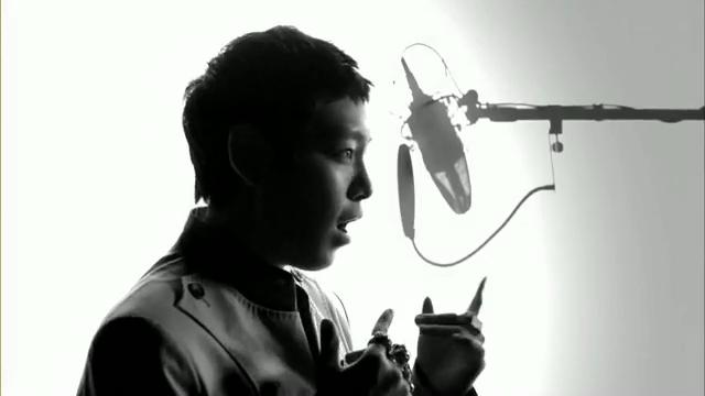MV Full HD l T.O.P - Turn It Up「K-Pop June 2010」.flv_000168332