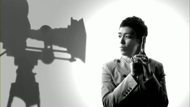 MV Full HD l T.O.P - Turn It Up「K-Pop June 2010」.flv_000177725