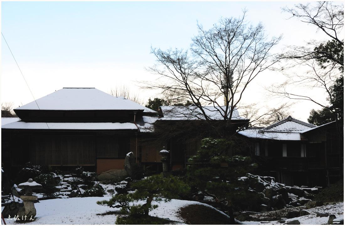 雪の彦根2