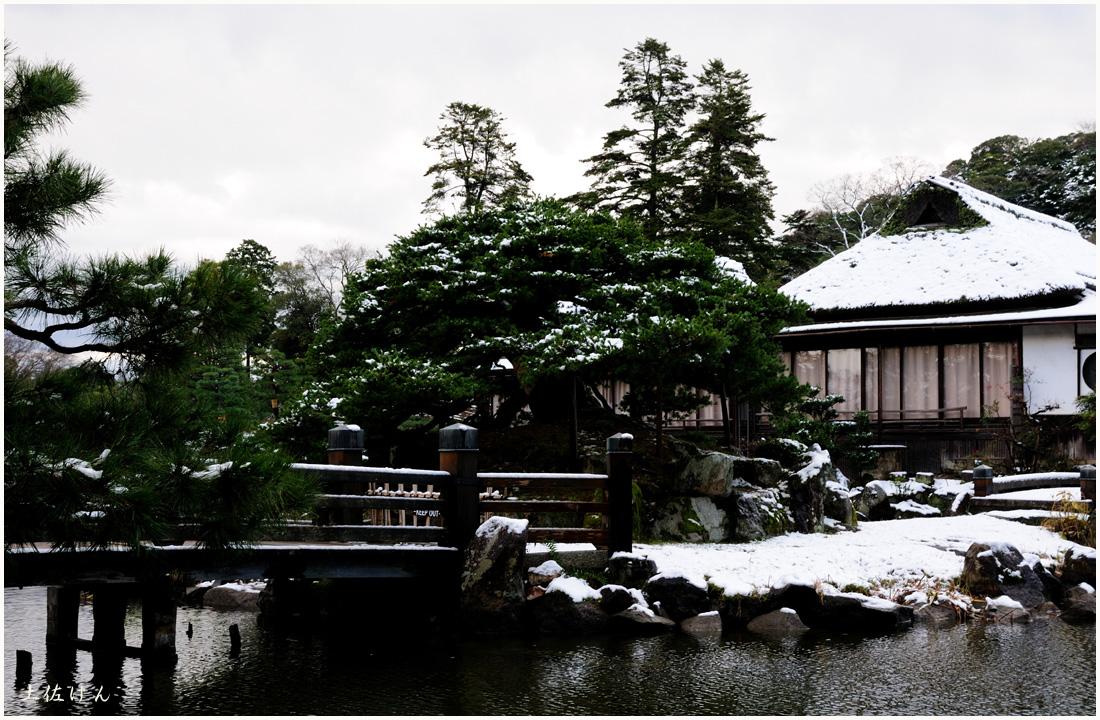 雪の彦根3