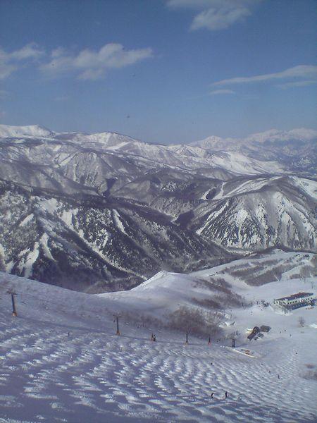 八方尾根スキー場うさぎ平109よりチャンピオンコース方面