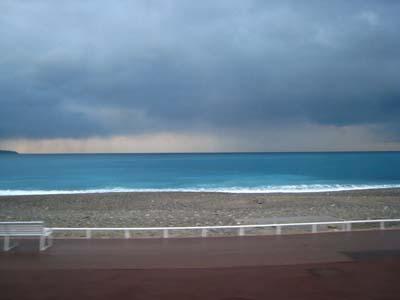 曇ってる地中海