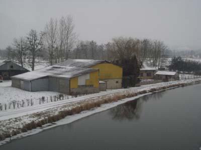 仏4日目雪景色