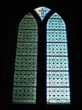 モンサン貝のステンドグラス