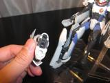 20100319EXギア 脚の裏にはローラーが