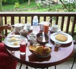朝食アップ