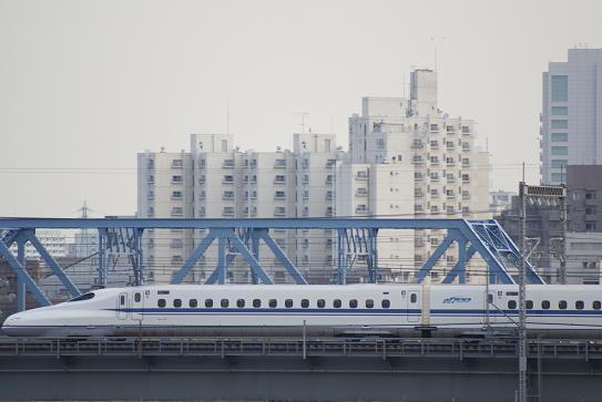 多摩川を渡るN700