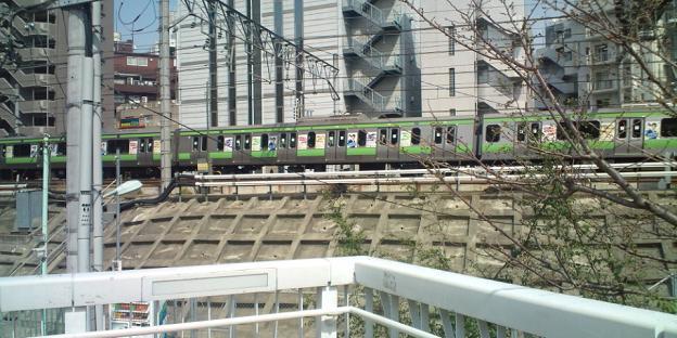 ラッピング電車(山手線)