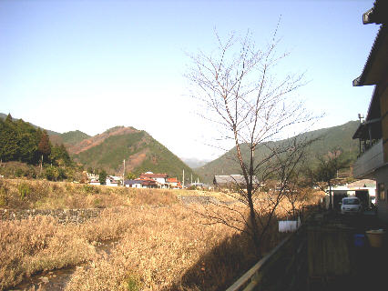 nisiawakura201210a.jpg
