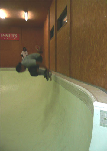 funabashi-indoor-bowl-3.jpg