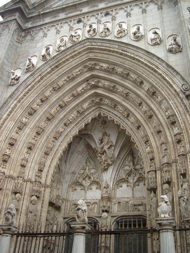 toledo_catedral_fachada.jpg