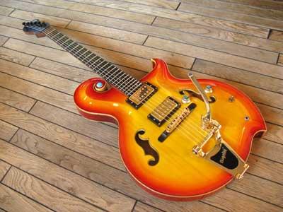 ビグスビー付ギター