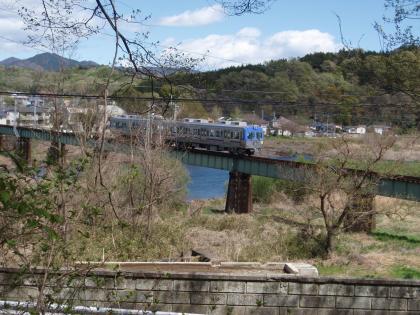 上電鉄橋 _20110420_P4200281
