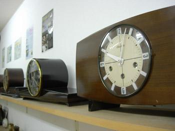 時計ディスプレイアップ