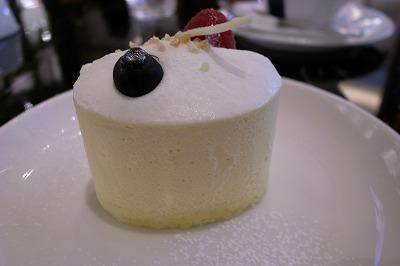 081116タイガーカフェチーズケーキ