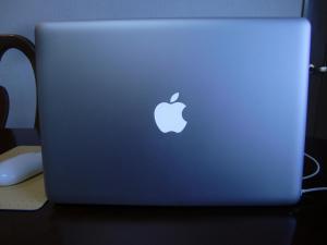 macbook 001