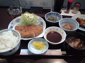 黒豚トンカツ定食