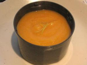 スープの入れ物
