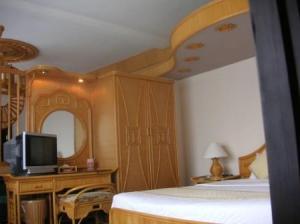 ベッドルームも竹の装飾