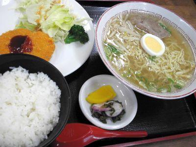 20110403香味徳 牛骨ラーメン定食