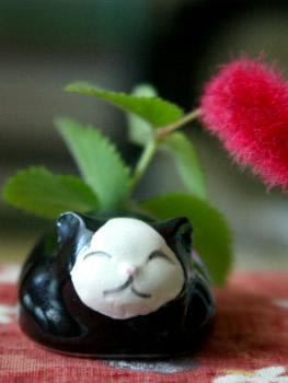 白黒猫のお香立て