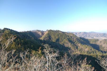 12鶏足山北峰からの展望