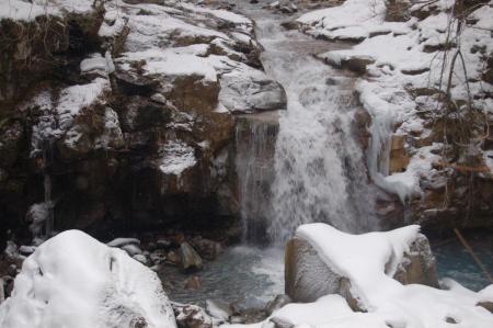 27仁三郎の滝