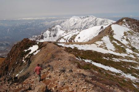27朝日岳からの下山