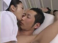 【痴女ナース】 薬で眠らせ手錠をかけて001a