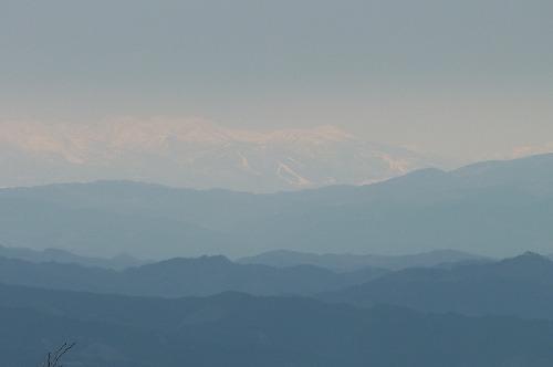 山頂からの遠望