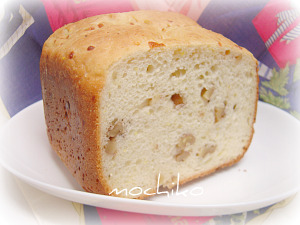 20100416コーンミールとクルミとチーズのパン 早焼き