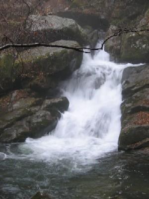 滝山の下滝102