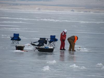 ice fishing 3