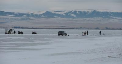 ice fishing 8