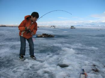 ICE FISHING h