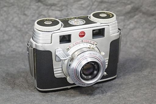 MiyaIMG110426_KodakSignet35_Ex2.jpg