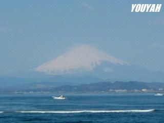 江ノ島大橋から見た富士山