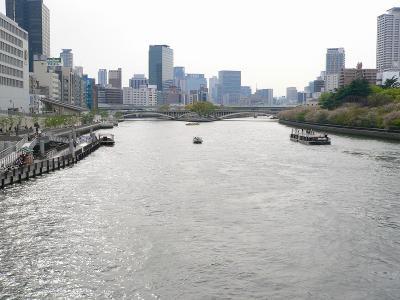 写真キャプション=造幣局のそばを流れる大川