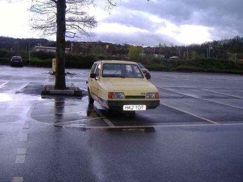 レトロな車