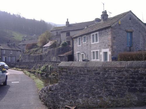 Castleton(2).jpg