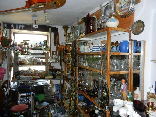 Castleton6_20110925190104.jpg