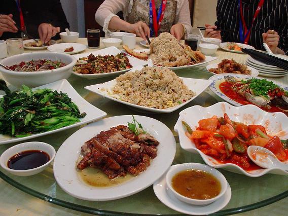 中国公演 2日目昼食