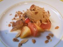 5.アップルパイとアーモンドのアイスクリーム