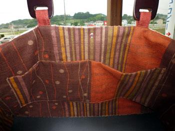 スウェーデン刺繍のバッグ2