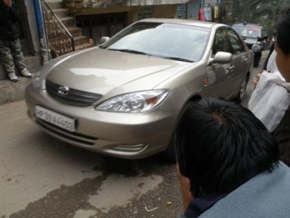 HH Dalai lama car