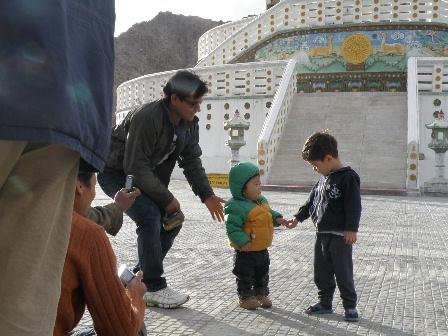 shanti stupa4
