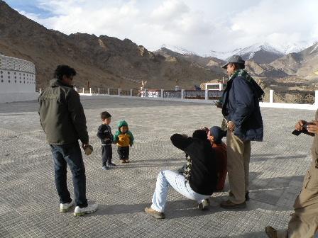 shanti stupa2