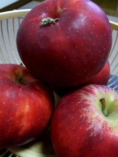 きれいな色のリンゴジャム