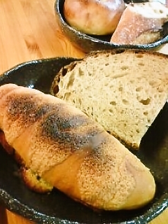 明恵ふるさと館のパン