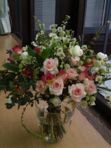 ほぐれた装飾的花束